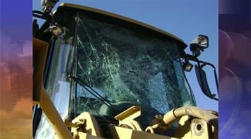 Police said decorative glass and heavy machinery were the primary targets of vandals at a Loop 303 construction site. By Jennifer Thomas