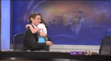 Dr. Oz surprised a young fan during his visit to Arizona. By Mike Gertzman