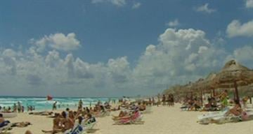 After staying away for the past few years college students are flocking to Mexico again for Spring Break. Cancun is by far the top foreign destination. By Mike Gertzman