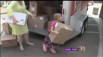 A Valley 5-year-old who collected slippers for sick children at Phoenix Children's Hospital delivered them on Monday afternoon. By David Baker