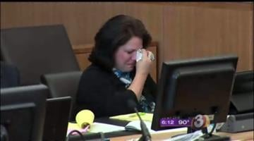 Tammi Smith breaks down in court By Mike Gertzman