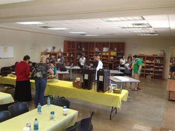 Project 121 Pet Telethon August 2012 - Behind the scenes volunteer room By Christina Duggan