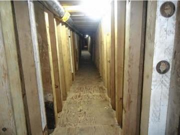 Mexico's army has uncovered a 755-foot (230-meter) tunnel running under the Sonora-Arizona border that was used to smuggle drugs into the United States. By Mike Gertzman
