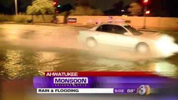 Monsoon storms rolled through the Valley overnight. The storms brought rain, thunder and plenty of lightning. By Mike Gertzman