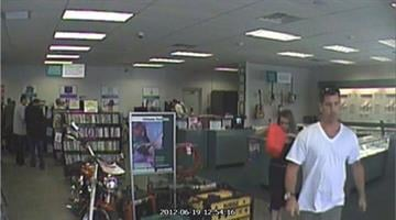 Both suspects at the SuperPawn located at 2916 E. Route 66 in Flagstaff on June 19. By Jennifer Thomas