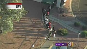 Voting line at Seventh Street and Baseline Road in Phoenix By Jennifer Thomas