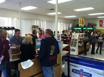 Customers waited in line for an hour on Friday to buy Hostess products at the Hostess store in Phoenix at 7th Ave. & Union Hill Rd. By Mike Gertzman