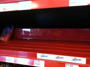 Shelves were empty on Friday at the Hostess store in Phoenix at 7th Ave. & Union Hill Rd. By Mike Gertzman