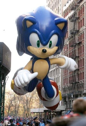 NEW YORK, NY - NOVEMBER 22: The Sonic the Hedgehog balloon is seen during the 86th Annual Macy's Thanksgiving Day Parade on November 22, 2012 in New York City.  (Photo by Mike Lawrie/Getty Images) By Mike Lawrie