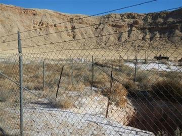 A man was rescued after jumping into a mine shaft at the bottom of Meteor Crater and falling more than 100 feet. By Jennifer Thomas