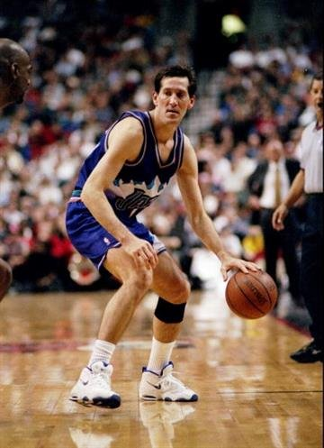 5 Dec 1997:  Guard Jeff Hornacek of the Utah Jazz moves the ball during a game against the Portland Trailblazers at the Rose Garden in Portland, Oregon.  The Trailblazers won the game, 94-77. Mandatory Credit: Otto Greule  /Allsport By Otto Greule Jr