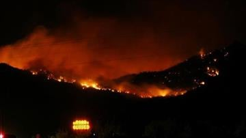 Night burning on the Dean Peak Fire By Jennifer Thomas
