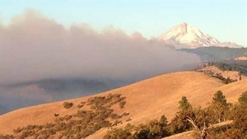 Smoke rises Monday morning, August 19th, from a series of wildfires outside The Dalles. By Belo Content KGW