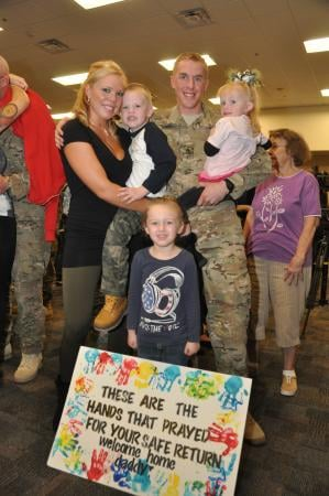 Soldiers from the 819th Engineer Company, from the Arizona Army National Guard, returned home form Afghanistan today and were greeted by loved ones during a homecoming ceremony. By Catherine Holland