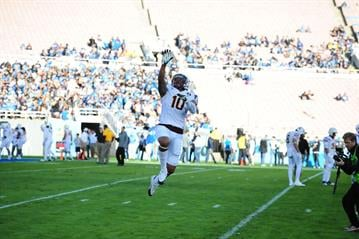 Ball warms up prior to ASU's game against UCLA By Brad Denny