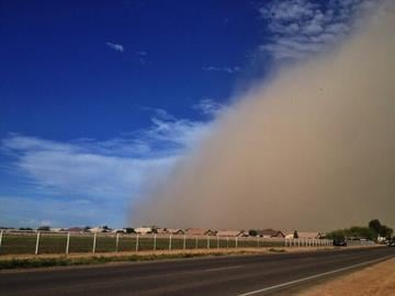 Wall of dust rolls through Valley By Tami Hoey