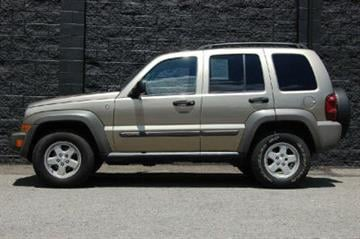 Vehicle similar to the couple's 2006 Jeep Liberty By Jennifer Thomas