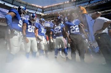 EAST RUTHERFORD, NJ - SEPTEMBER 14:  The New York Giants prepare to take the field against the Arizona Cardinals during a game at MetLife Stadium on September 14, 2014 in East Rutherford, New Jersey.  (Photo by Ron Antonelli/Getty Images) By Ron Antonelli