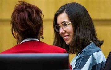 Jodi Arias appears in Maricopa County Superior Court in Phoenix, Monday, September 22, 2014.  Arias is about to begin the retrial of her sentencing phase. By Mike Gertzman