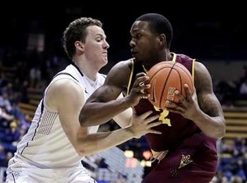 California's Dwight Tarwater, left, guards Arizona State's Willie Atwood, during the second half of an NCAA college basketball game Thursday, Jan. 22, 2015, in Berkeley, Calif.  (AP Photo/Ben Margot) By Ben Margot