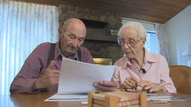 Bruce O'Neal and Bess Konrad said they should have done their research before hiring the men. (Source: 3TV)