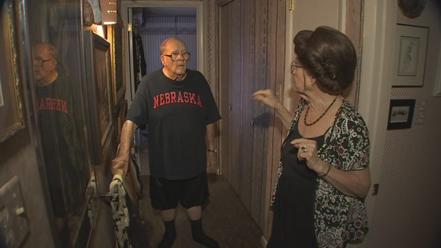 Joe and Joyce Saults are sharing their story so other seniors do not become victims. (Source: 3TV)