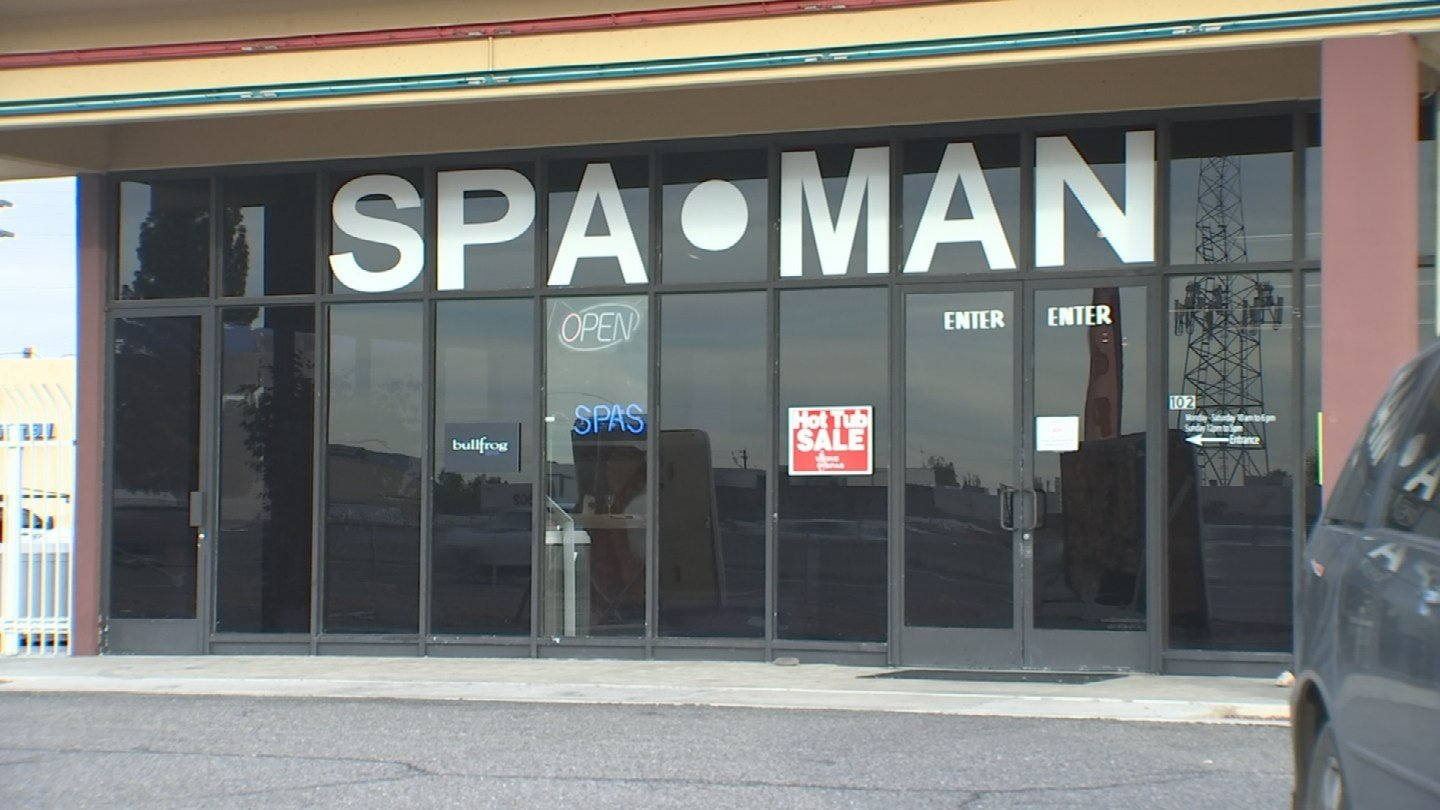 More Mr. Spa/Spa Man Spa customers have come forward with complaints, but the owner of the business isn't talking. (Source: 3TV)
