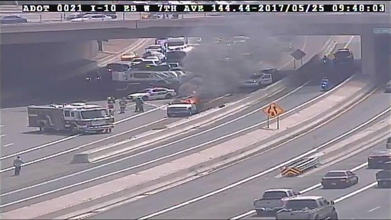 c826e72b10 Vehicle fire stops lanes on I-10 in Phoenix - Arizona s Family