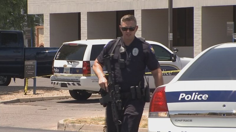 Phoenix police make arrest in robbery at a Chase bank - KFVE, K5
