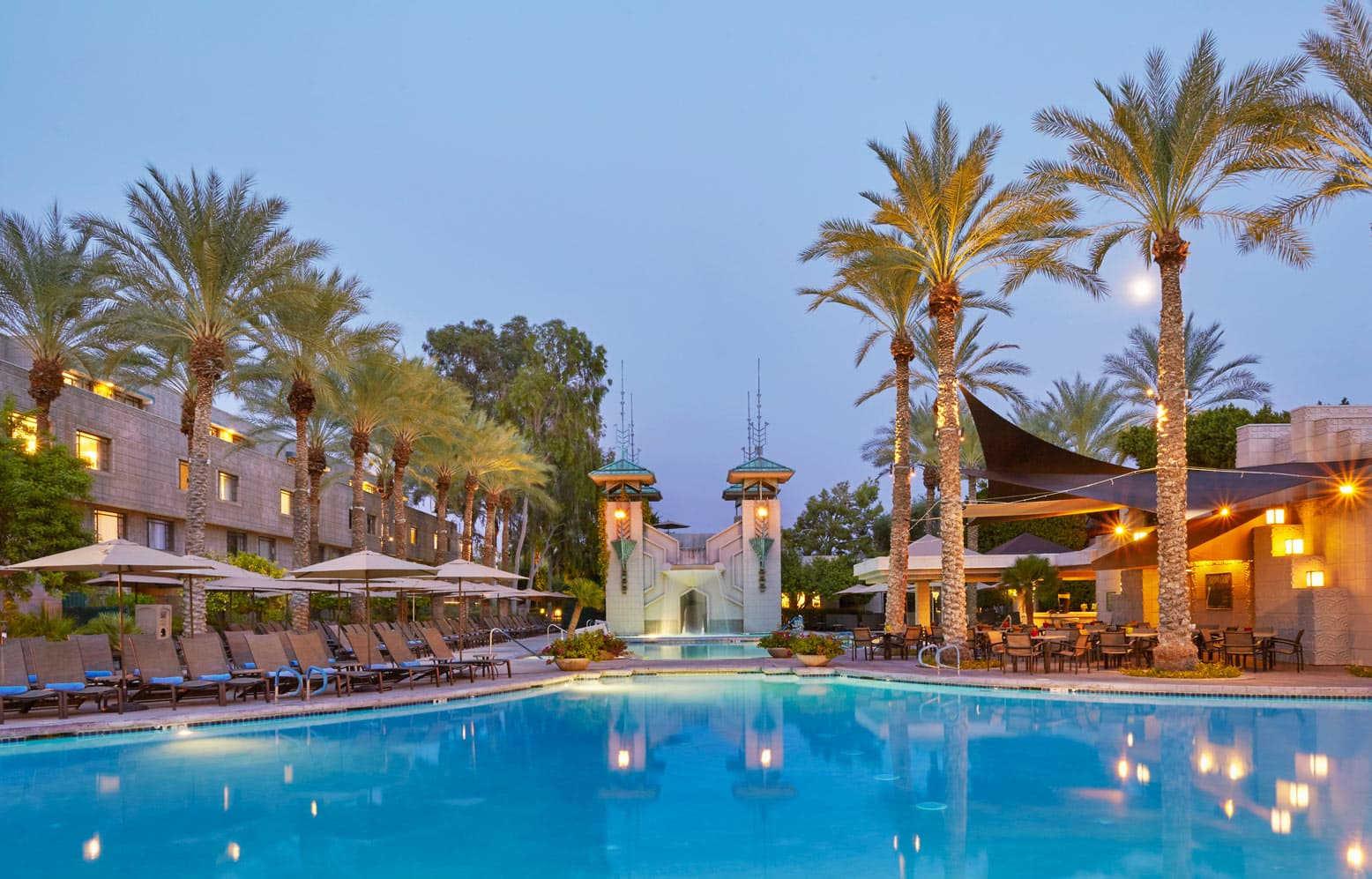 Here To See Picture Of Arizona Biltmore Pool