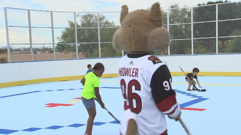 coyotes unveil new outdoor hockey rink in el mirage arizona u0027s family