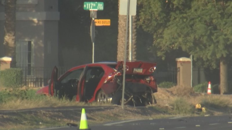 Pd 1 dead 2 injured after vehicle hits pedestrians in for Avondale motor vehicle division avondale az