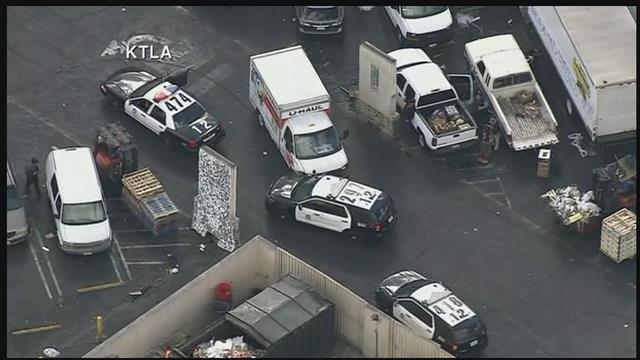 RAW VIDEO: U-Haul police chase in Los Angeles - KPTV - FOX 12