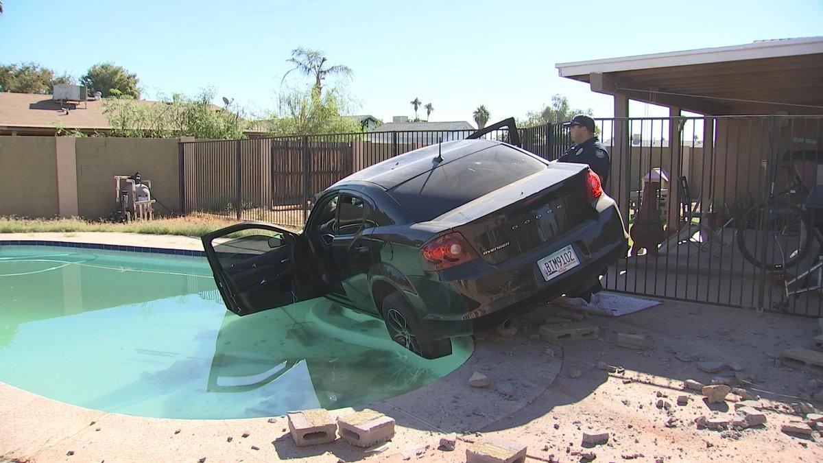 Pd Shoplifting Suspect Who Drove Car Into Phoenix Swimming Pool Fox10 News Wala