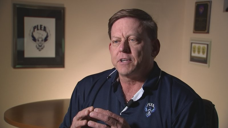 Phoenix police association says detectives overworked, understaf ...