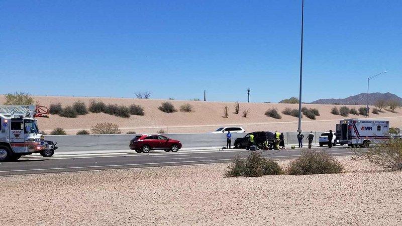 Good samaritan killed trying to help driver who crashed on for Red mountain motors mesa az