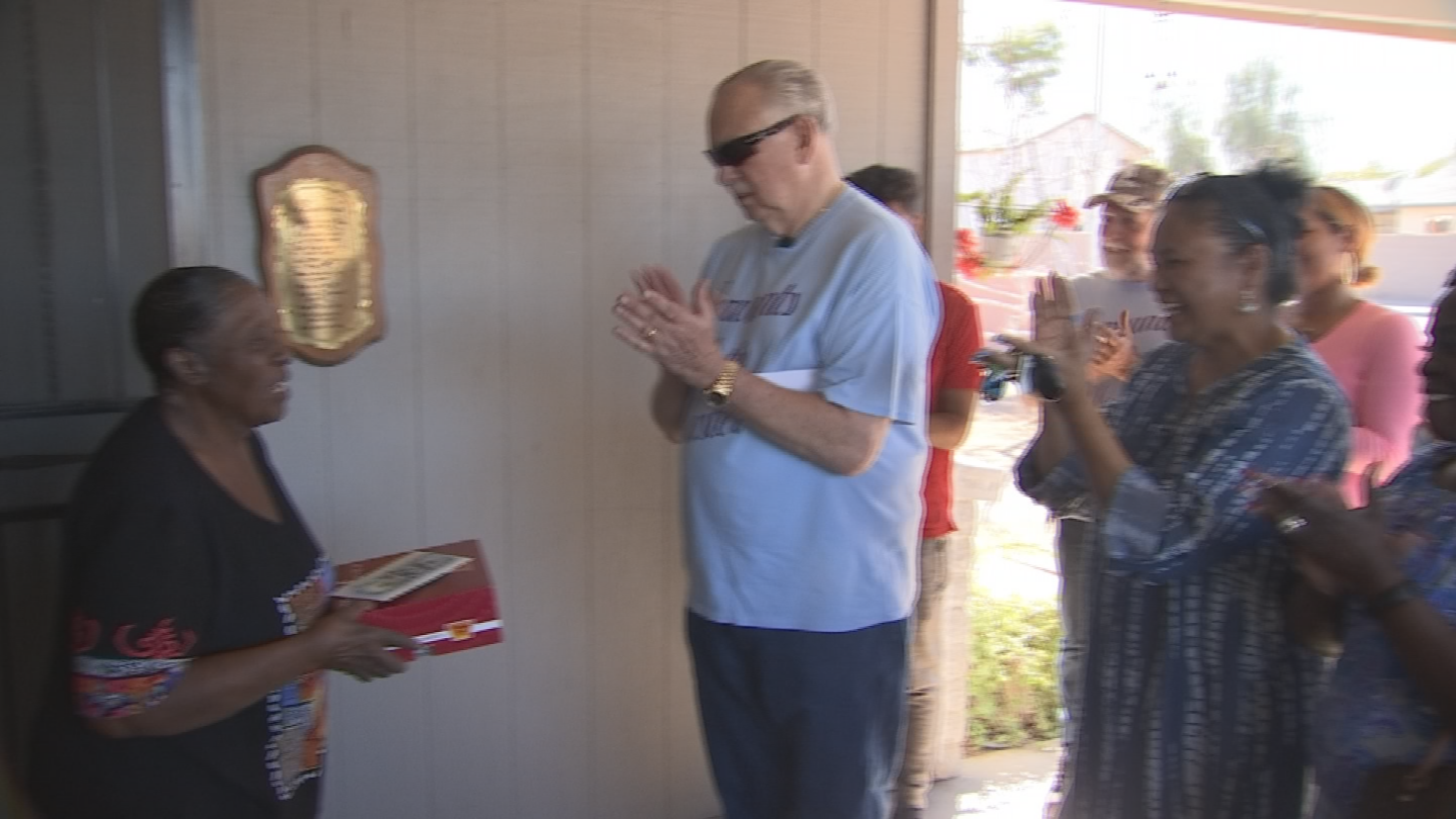 """Friends and family wanted to thank """"Mamma Jo"""" Phoenix grandmother for her 30-plus years of helping the homeless. (Source: 3TV/CBS 5)"""