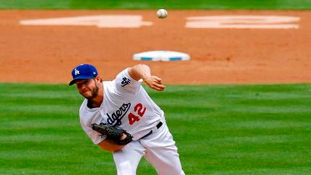 Clayton Kershaw took care of the Los Angeles Dodgers' long drought against the Diamondbacks. (Source: AP Photo)
