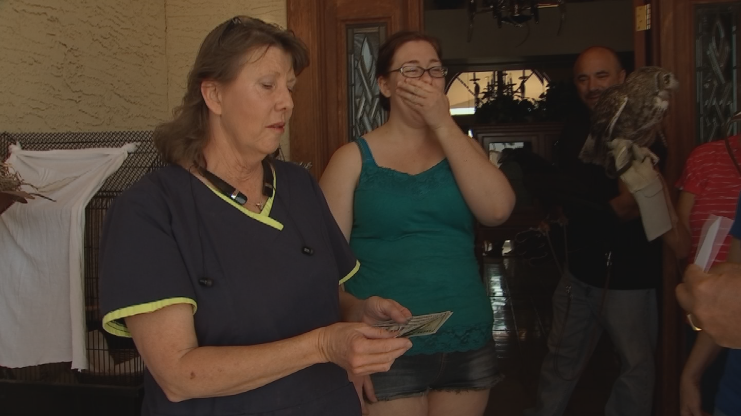 Arky Muscato has seen what a difference Jody Kieran is making, spending her own time and money, so he reached out to CBS 5 to Pay it Forward to the Peoria bird lady. (Source: 3TV/CBS 5)