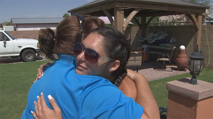 Julie Cordeiro helps kids with special needs in the pool so Amy Scott decided to Pay It Forward. (Source: CBS 5)