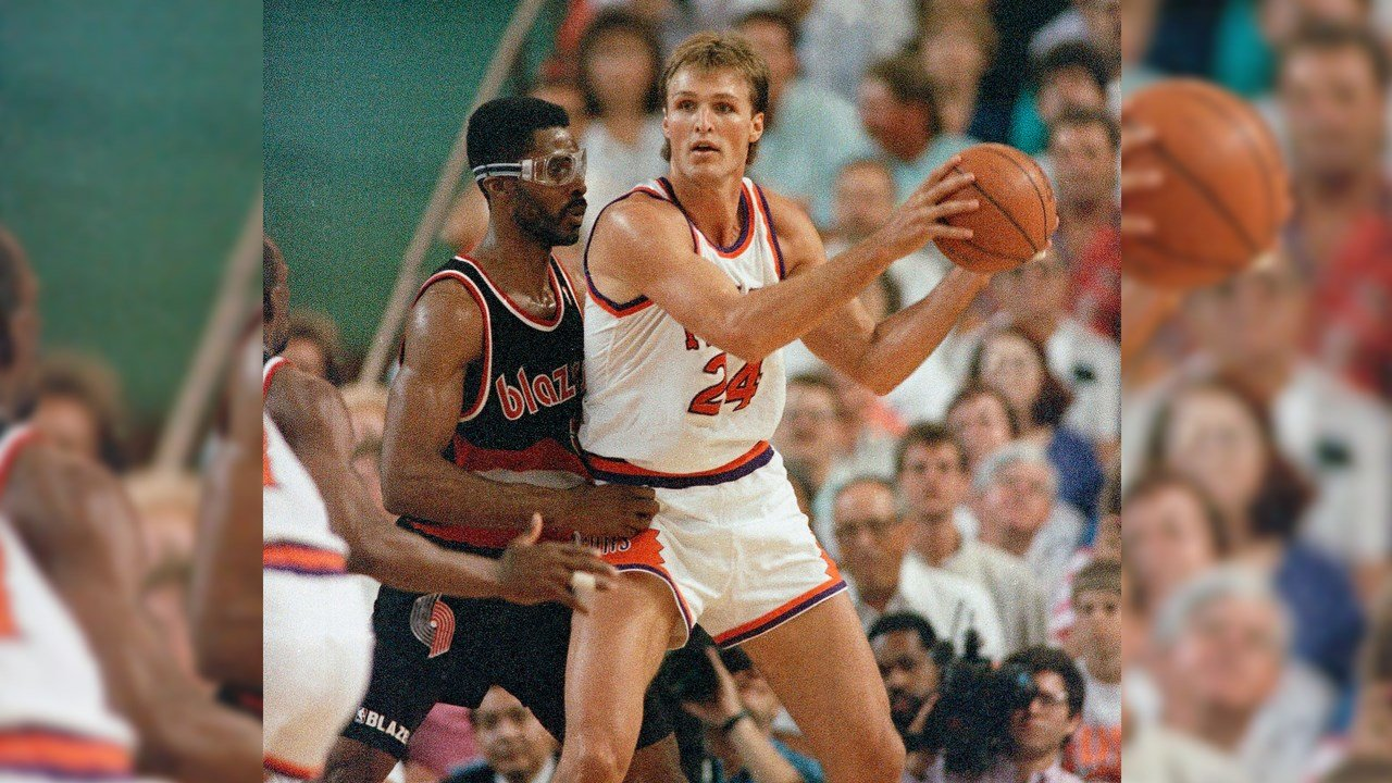 Phoenix Suns Tom Chambers (24) during the NBA Western Conference Finals game, Friday, May 26, 1990, Phoenix, Az. Chambers scored 24 points to lead the Suns in their 123-89 win. (Source: AP Photo/Jack Smith)