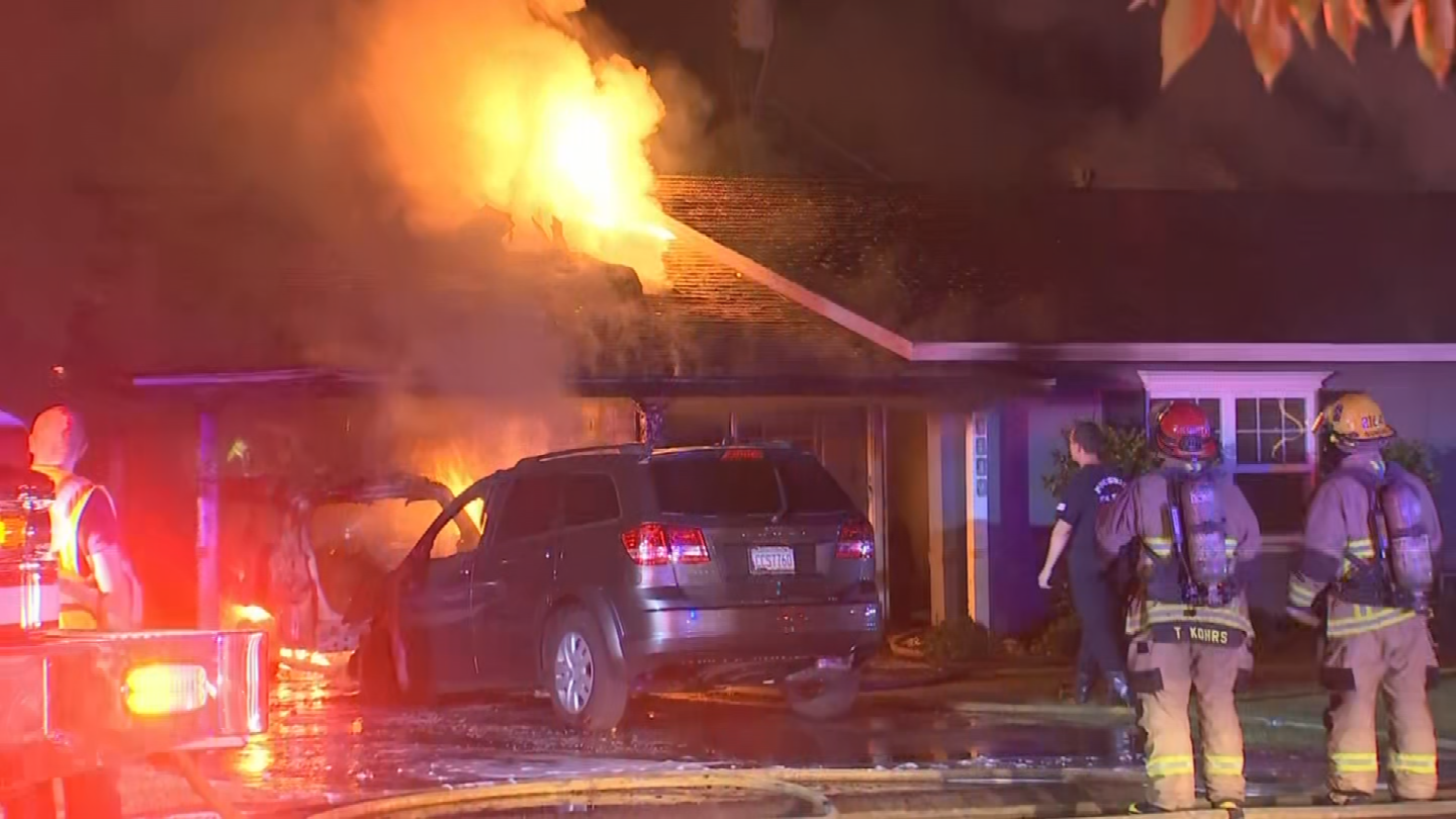 Two homes in Phoenix caught fire leaving damage. (Source: 3TV/CBS 5)