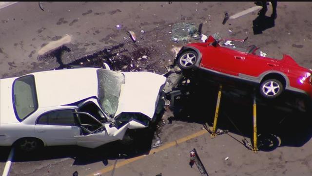 1 dead 3 critical after violent head on crash in mesa for Red mountain motors mesa az